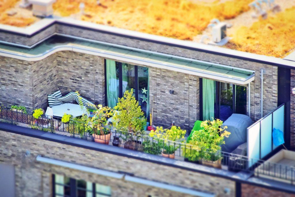 cacher vis-à-vis balcon